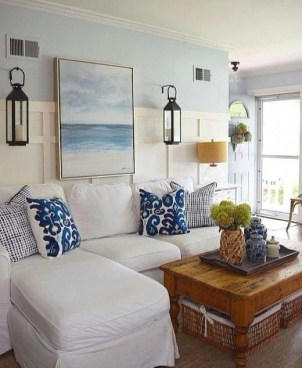 Inspiring Living Room Ideas With Beachy And Coastal Style17