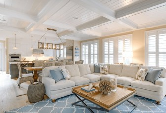 Inspiring Living Room Ideas With Beachy And Coastal Style19