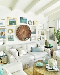 Inspiring Living Room Ideas With Beachy And Coastal Style30