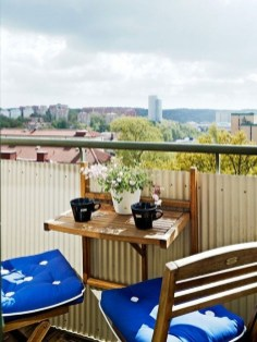 Inspiring Wooden Floor Design Ideas On Balcony For Your Apartment 13