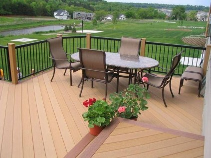 Inspiring Wooden Floor Design Ideas On Balcony For Your Apartment 34