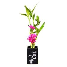 Lovely Window Design Ideas With Vase Flower Ornament24