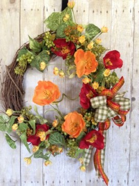 Pretty Hang Wreath Ideas In Door For Summer Time 09