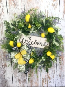 Pretty Hang Wreath Ideas In Door For Summer Time 13