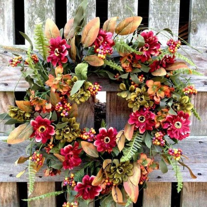 Pretty Hang Wreath Ideas In Door For Summer Time 47