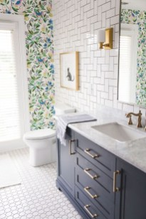 Smart Remodel Bathroom Ideas With Low Budget For Home 13