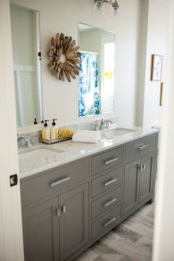 Smart Remodel Bathroom Ideas With Low Budget For Home 31