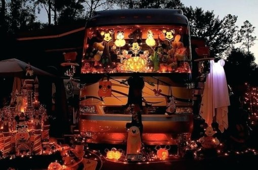 Splendid Christmas Rv Decorations Ideas For Valuable Moment06
