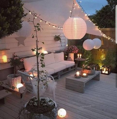 Wonderful Backyard Decorating Ideas On A Budget 35