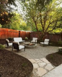 Wonderful Backyard Decorating Ideas On A Budget 42