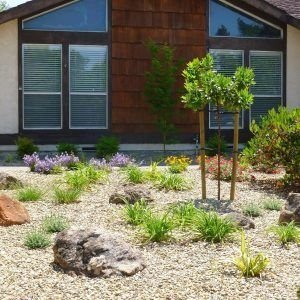 Amazing Front Yard Landscaping Ideas With Low Maintenance To Try06