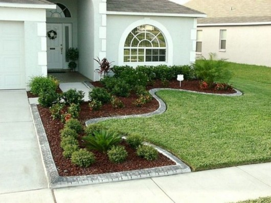 Amazing Front Yard Landscaping Ideas With Low Maintenance To Try30