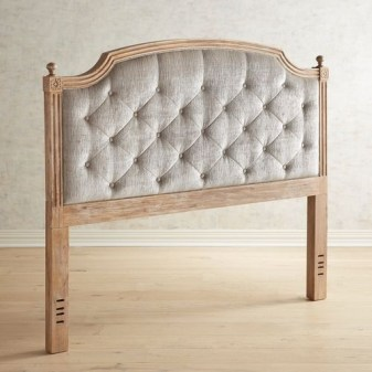 Amazing Headboard Design Ideas For Beds That Look Great35
