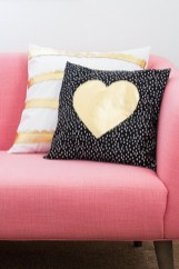Beautiful Home Interior Design Ideas With The Concept Of Valentines Day28