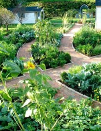 Inspiring Garden Ideas That Are Suitable For Your Home22