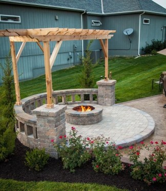 Inspiring Outdoor Fire Pit Design Ideas To Try35