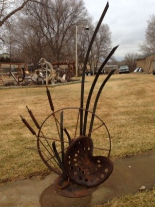 Inspiring Outdoor Metal Design Ideas For Garden Art You Must Try09