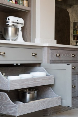 Luxury Kitchen Storage Solutions Ideas That You Must Try24