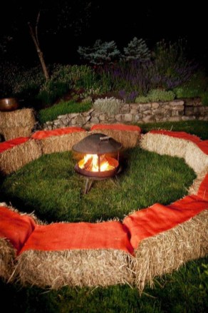 Magnificient Outdoor Summer Decorations Ideas For Party33