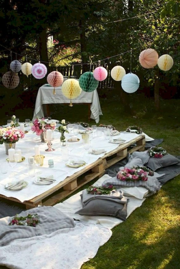 Magnificient Outdoor Summer Decorations Ideas For Party43