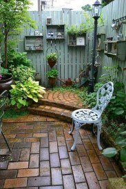 Modern Small Garden Design Ideas That Is Still Beautiful To See02