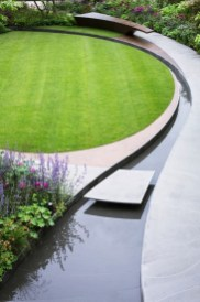 Modern Small Garden Design Ideas That Is Still Beautiful To See03