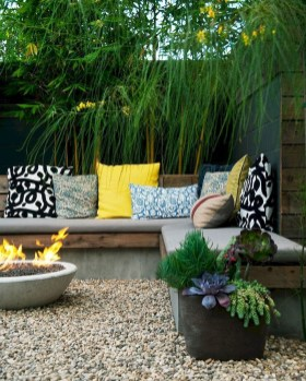 Modern Small Garden Design Ideas That Is Still Beautiful To See07