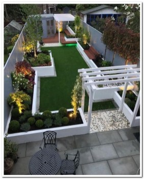 Modern Small Garden Design Ideas That Is Still Beautiful To See35