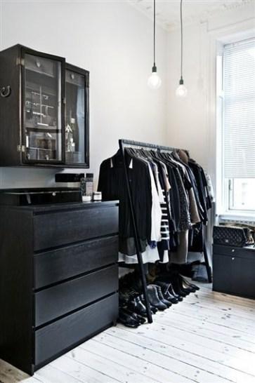 Best Minimalist Walk Closets Design Ideas For You32