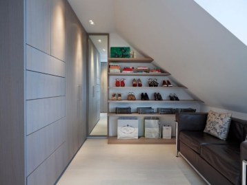Best Minimalist Walk Closets Design Ideas For You44