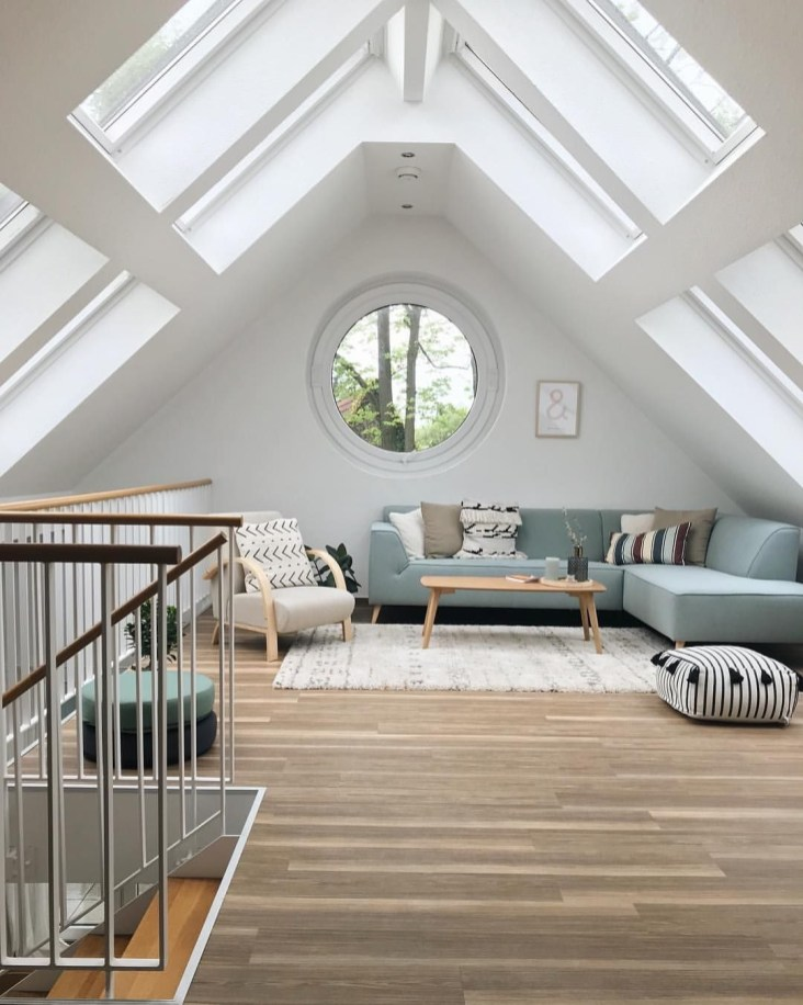 Fabulous Attic Design Ideas To Try This Year30