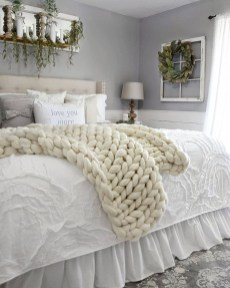 Magnificient Farmhouse Bedroom Decor Ideas To Try Now03