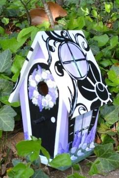 Magnificient Stand Bird House Ideas For Garden19