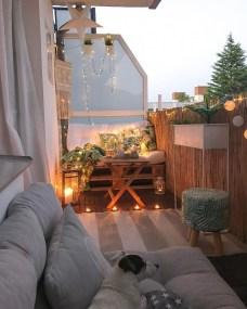 Popular Small Apartment Balcony Decor Ideas For You31