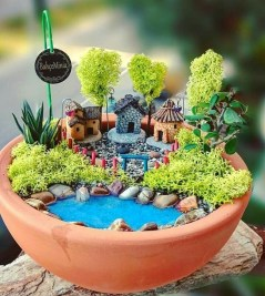 Pretty Fairy Garden Design Ideas To Try22