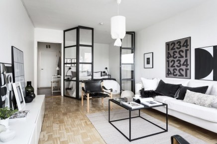Splendid Studio Apartment Decorating Ideas That Looks Cool03