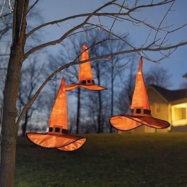 Stylish Outdoor Halloween Decorations Ideas That Everyone Will Be Admired Of19