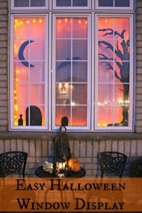 Stylish Outdoor Halloween Decorations Ideas That Everyone Will Be Admired Of33