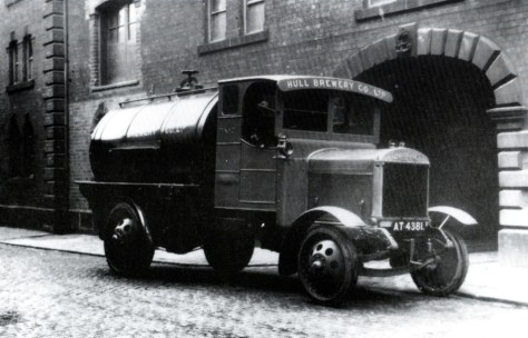 A Thorneycroft beer tanker belonging to the Hull brewery