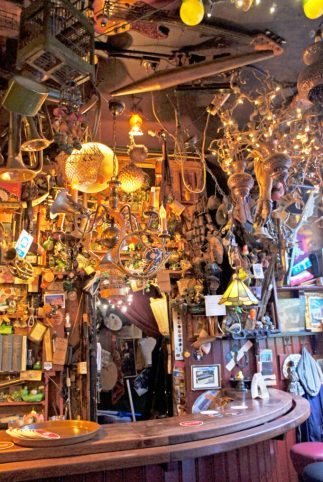 Just a tiny part of the unbelieveable collection of junk over almost every surface at 'T Bonte Palet in 's Hertogenbosch