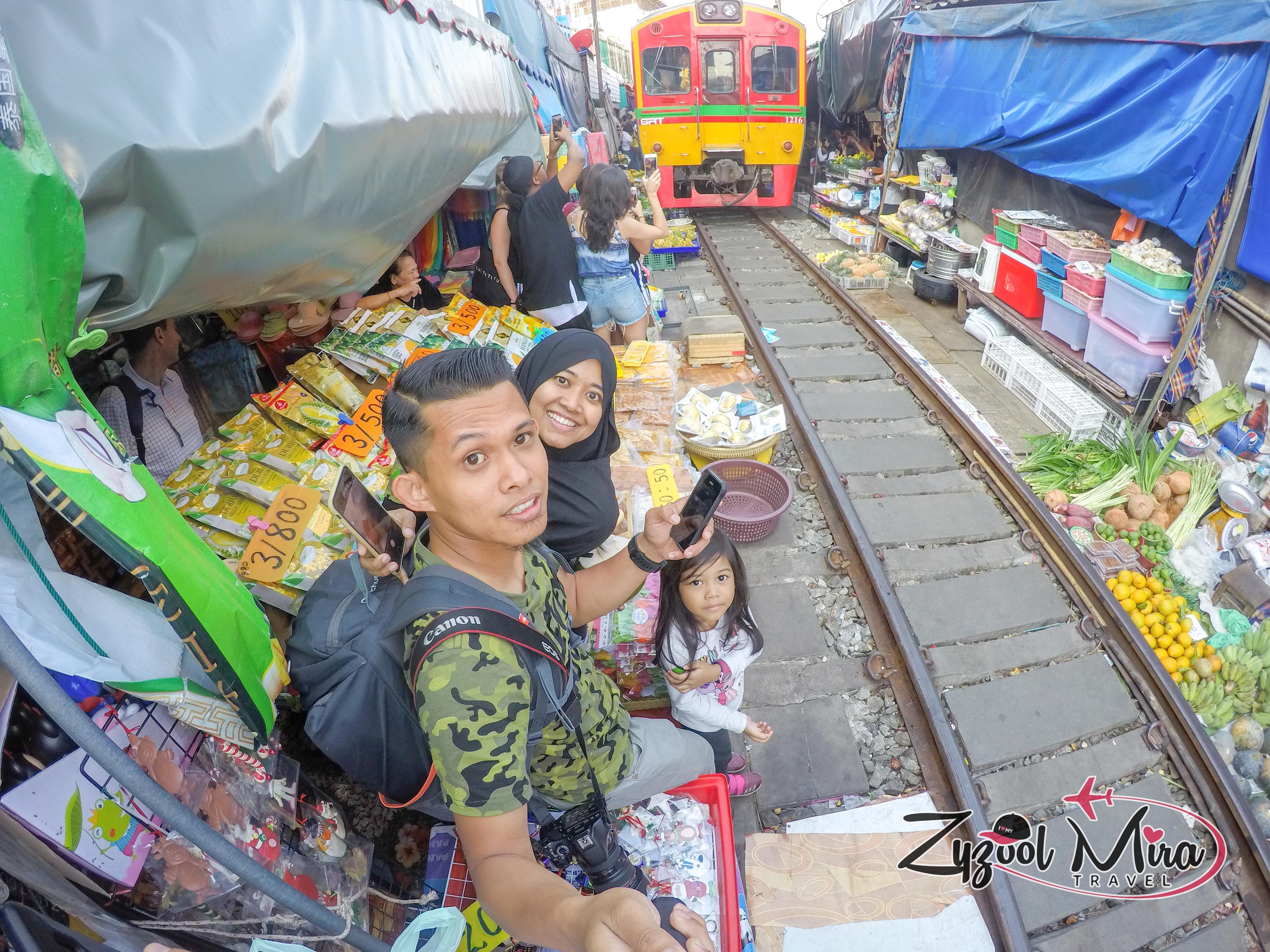 Maeklong Railway Market, Bangkok Thailand